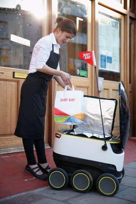 Система доставки грузов с помощью роботов заработала в Англии