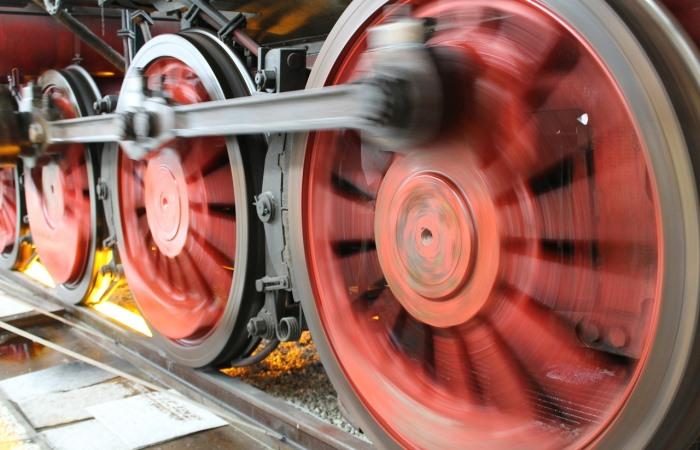 Сталь для цельнокатаных железнодорожных колес повышенной надежности