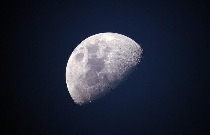 Колонизация Луны