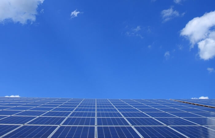 Плавающие солнечные батареи
