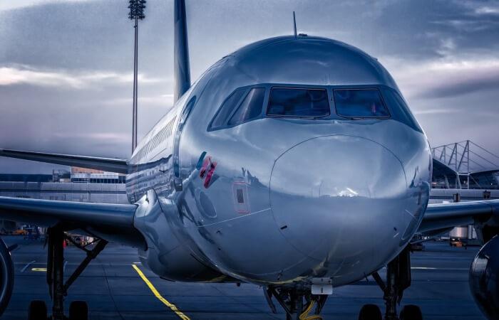 Робот для осмотра самолётов