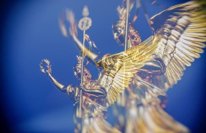 Пористый материал, извлекающий золото из воды
